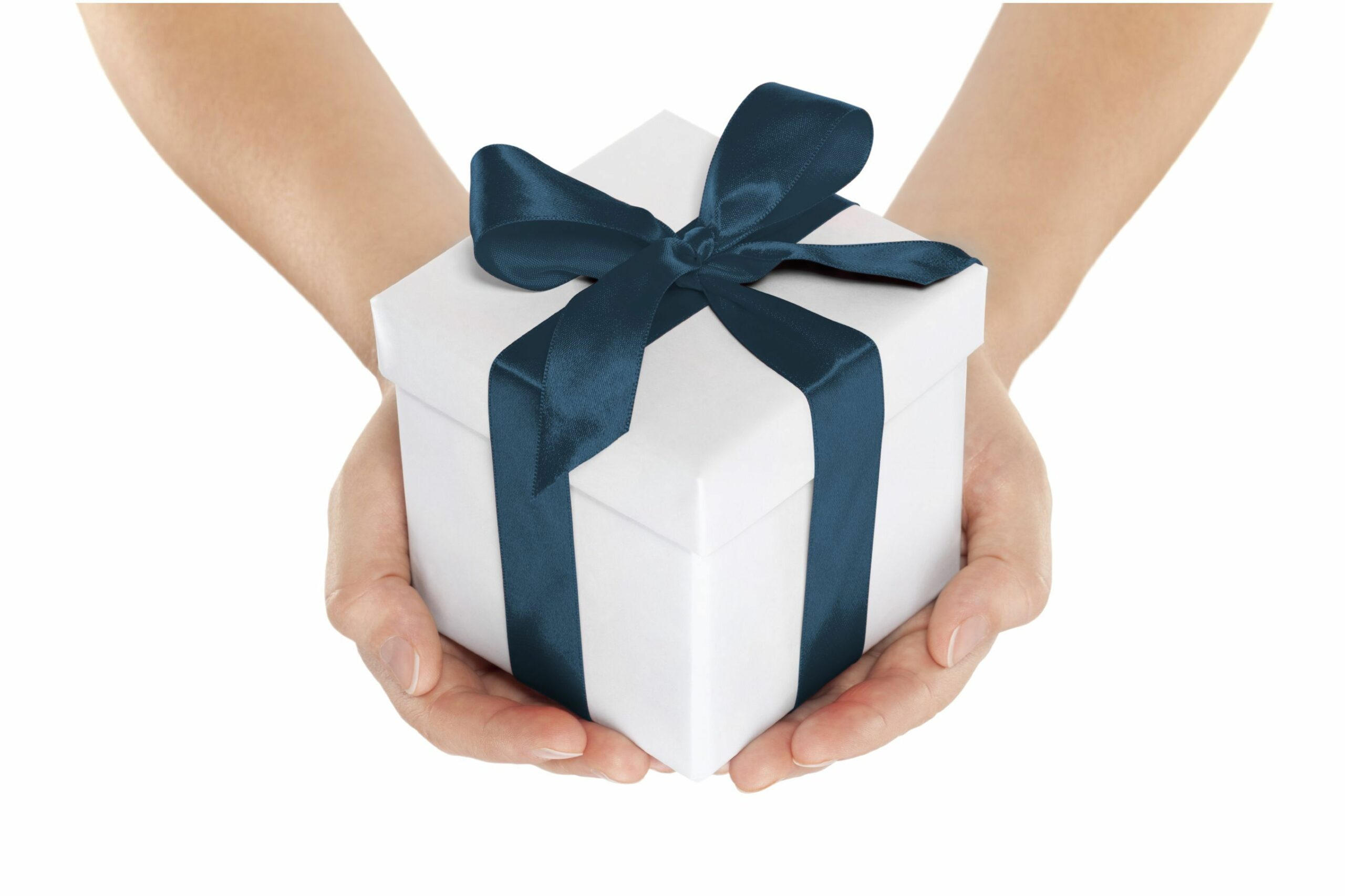 8 Clever Ways to Socially Distance Players during a Gift Giveaway